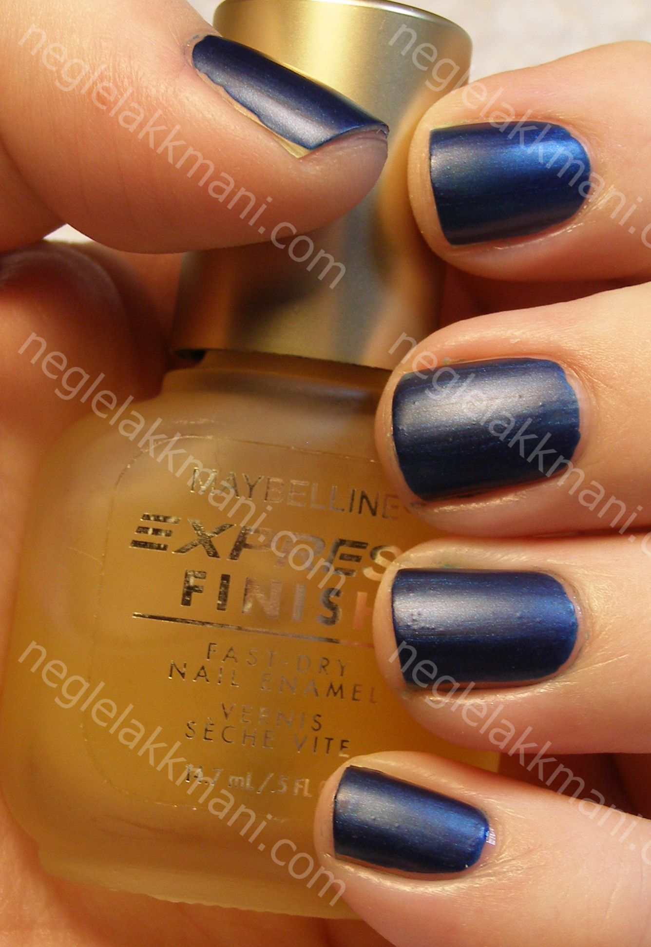 Wet'n Wild Sapphire Blue with Maybelline Matte Maker