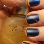 NOTD Wet'n Wild Sapphire Blue med Maybelline Matte Maker & m63