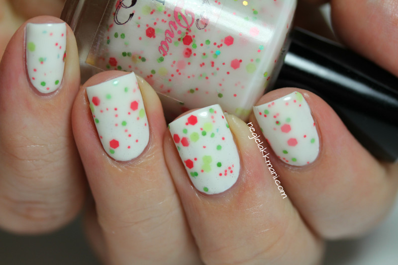 Darling Diva Polish Honey Do over Essie Blanc