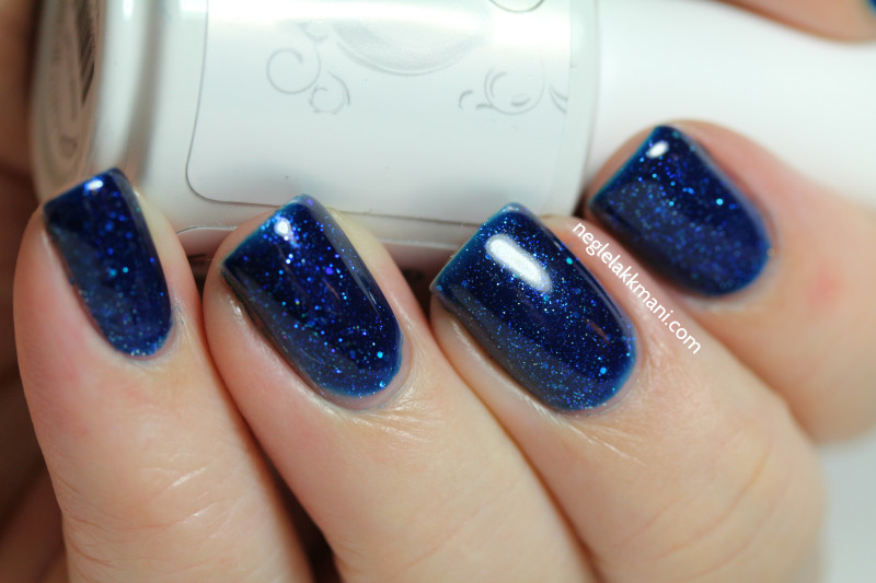 Harmony Gelish Holiday Party Blues 2
