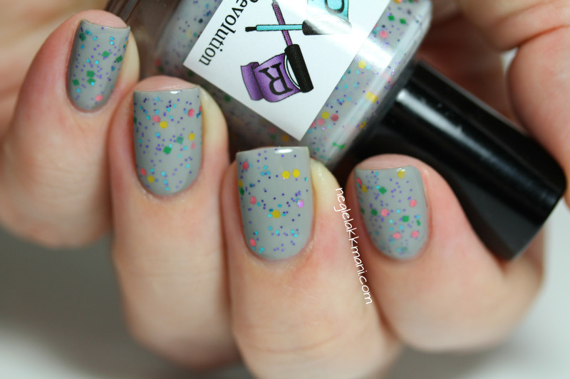 Polish Revolution Zombie Gardens over Sally Hansen Wet Cement